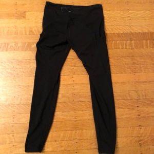 Black full length lululemon leggings